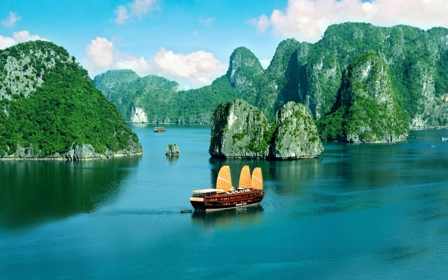 Ha Long Bay Vietnam HD Wallpaper by Wallsev.com