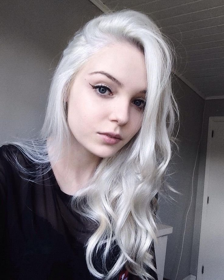 New 28 Inspiring Silver Hair Color Ideas Mermaid Hair Ideas With Pictures