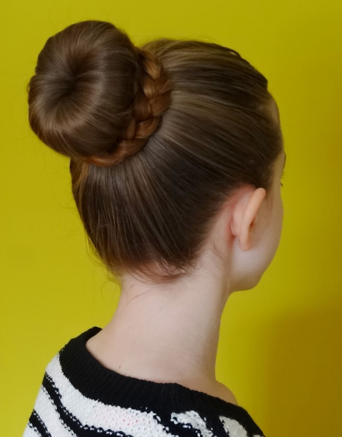 New Bun Hairstyle Wikipedia Ideas With Pictures