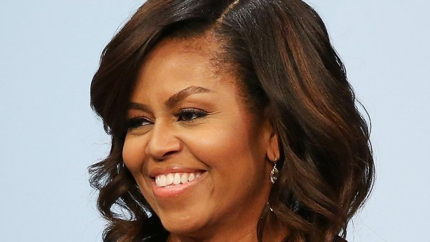 New Michelle Obama Rocks Natural Hair In Instagram Photo See Ideas With Pictures