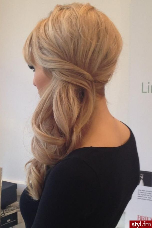 New Low Side Pony Blonde Aloxxi Hair Color Personality Roman Ideas With Pictures