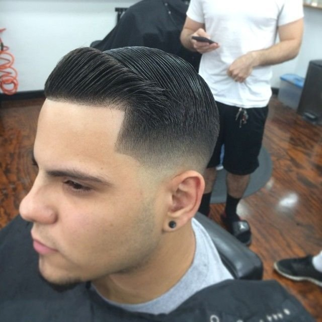 New Tight Low Fade With Combover And Crisp Line Up Men Hairstyles Pinterest Shops Barber Shop Ideas With Pictures Original 1024 x 768