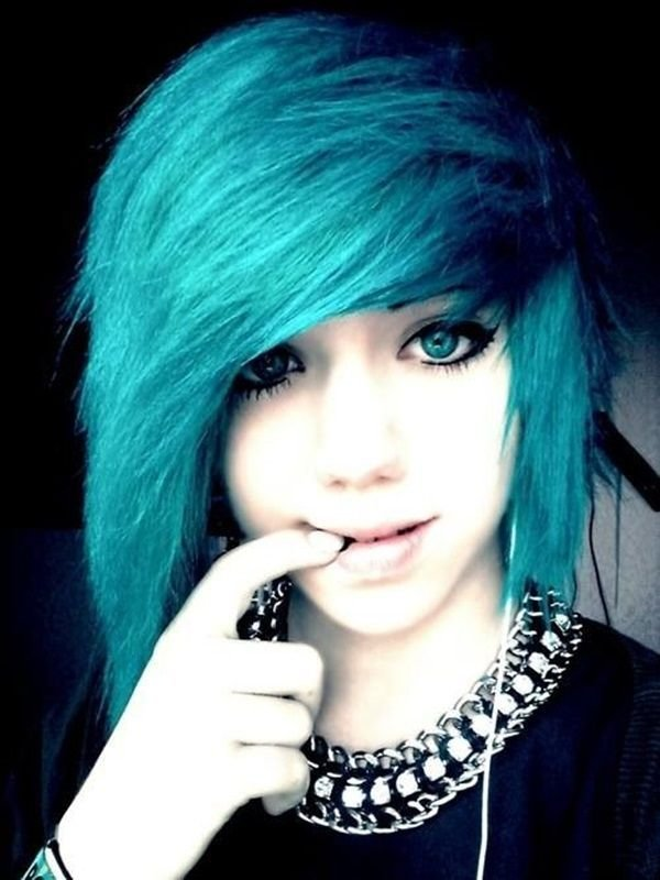 New 40 Cute Emo Hairstyles What Exactly Do They Mean Http Ideas With Pictures