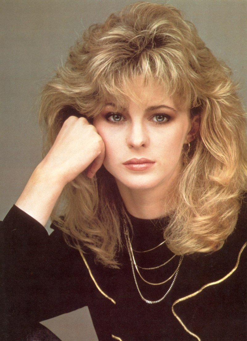 New Romantic Long 1980S Hairstyle With Layers Around The Bangs Ideas With Pictures