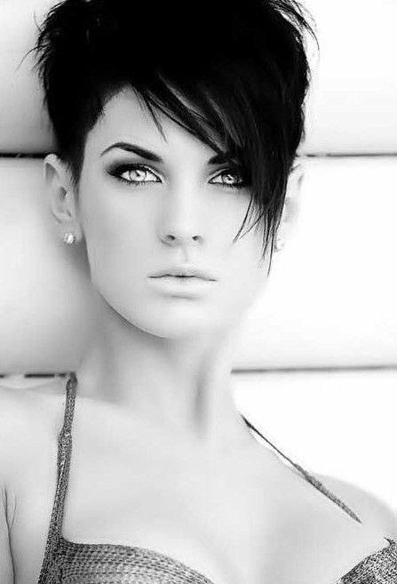 New 26 Best Short Haircuts For Long Face Popular Haircuts Ideas With Pictures