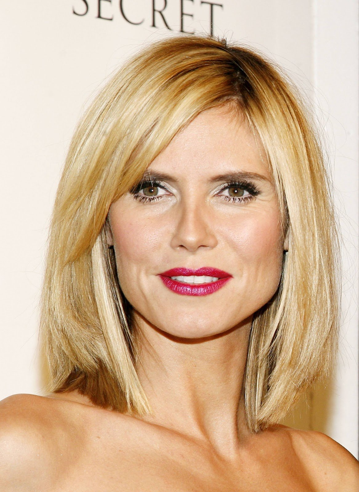 New Glamorous Hair And Makeup Ideas With Pictures