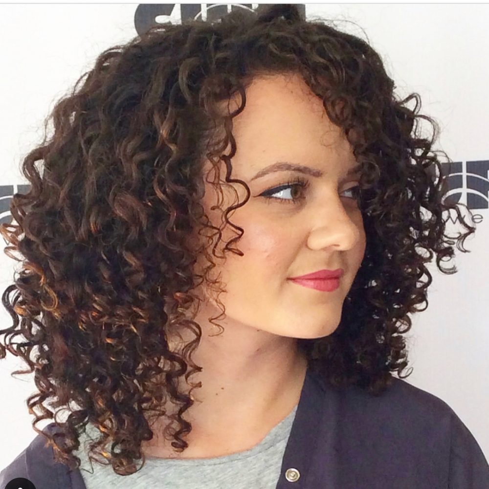New 28 Gorgeous Medium Length Curly Hairstyles For Women In 2018 Ideas With Pictures