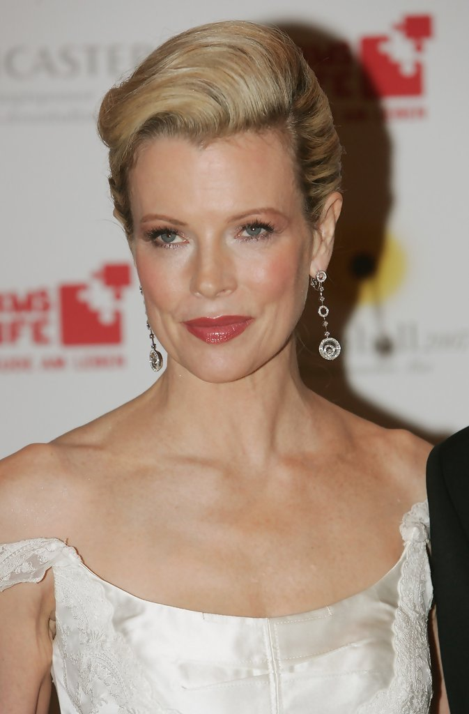 New Kim Basinger S Updo Haute Hairstyles For Women Over 50 Ideas With Pictures