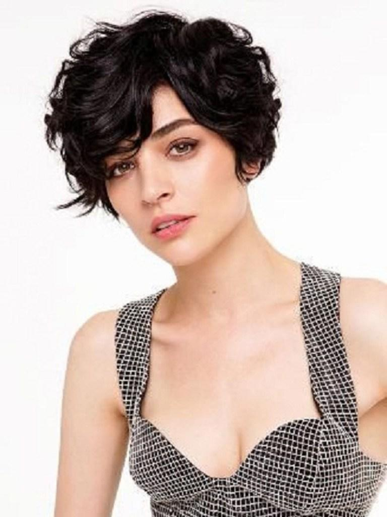 New 19 Cute Wavy Curly Pixie Cuts We Love – Pixie Haircuts Ideas With Pictures