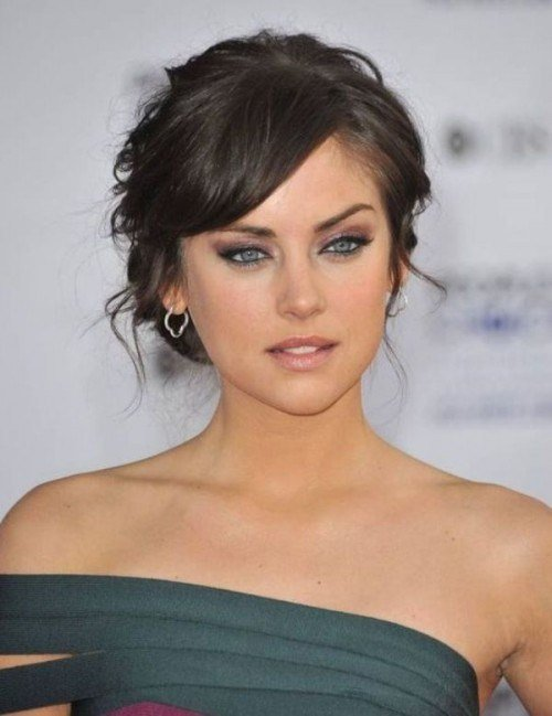 New 39 Chic And Pretty Wedding Hairstyles With Bangs Ideas With Pictures