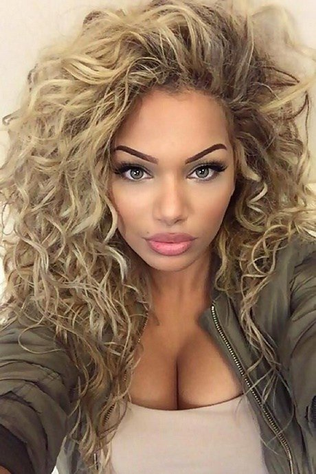 New Everyday Hairstyles For Long Curly Hair Ideas With Pictures