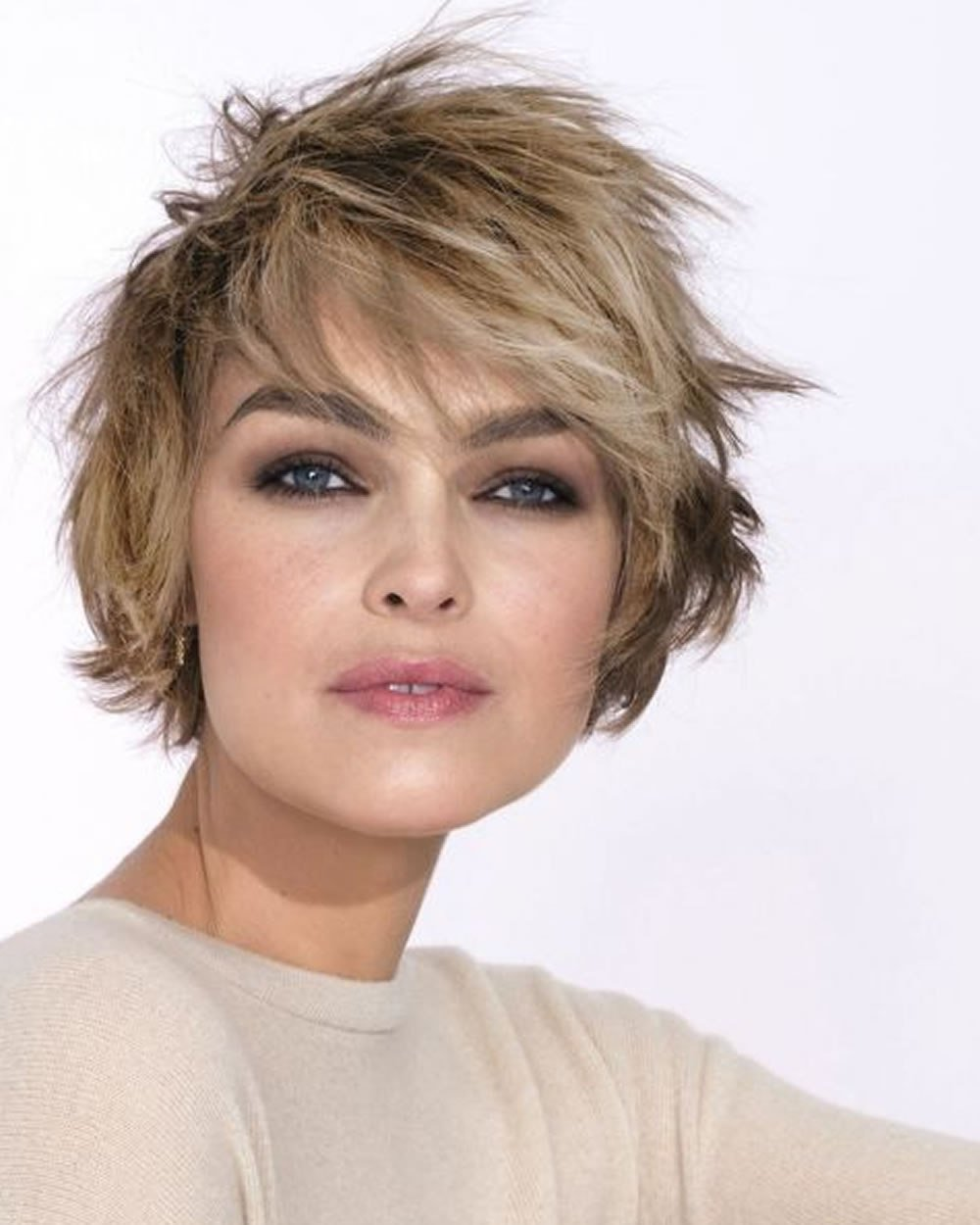 New Hey Ladies Best 13 Short Haircuts For Round Faces Ideas With Pictures