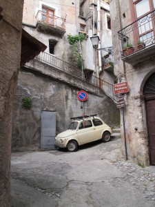 Bei der Parkplatz wahl darf man nicht wählerisch sein!