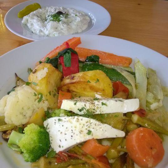 Griechische Küche, wie sie sein soll - Das Potlatsch in München-Laim