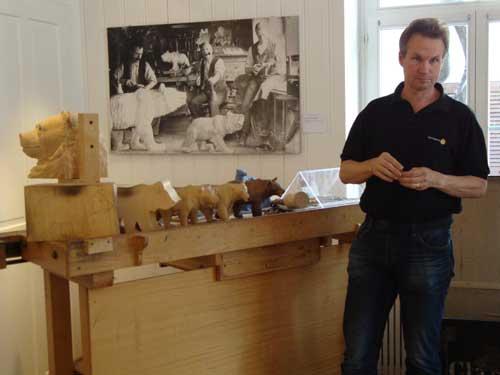 Flavius Jobin and carving samples