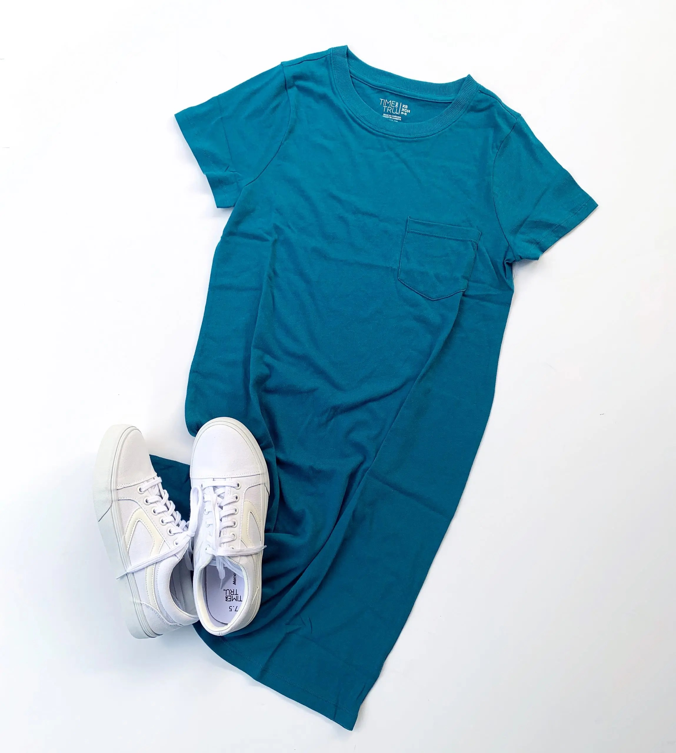 time and tru corsair t-shirt dress and retro sneakers