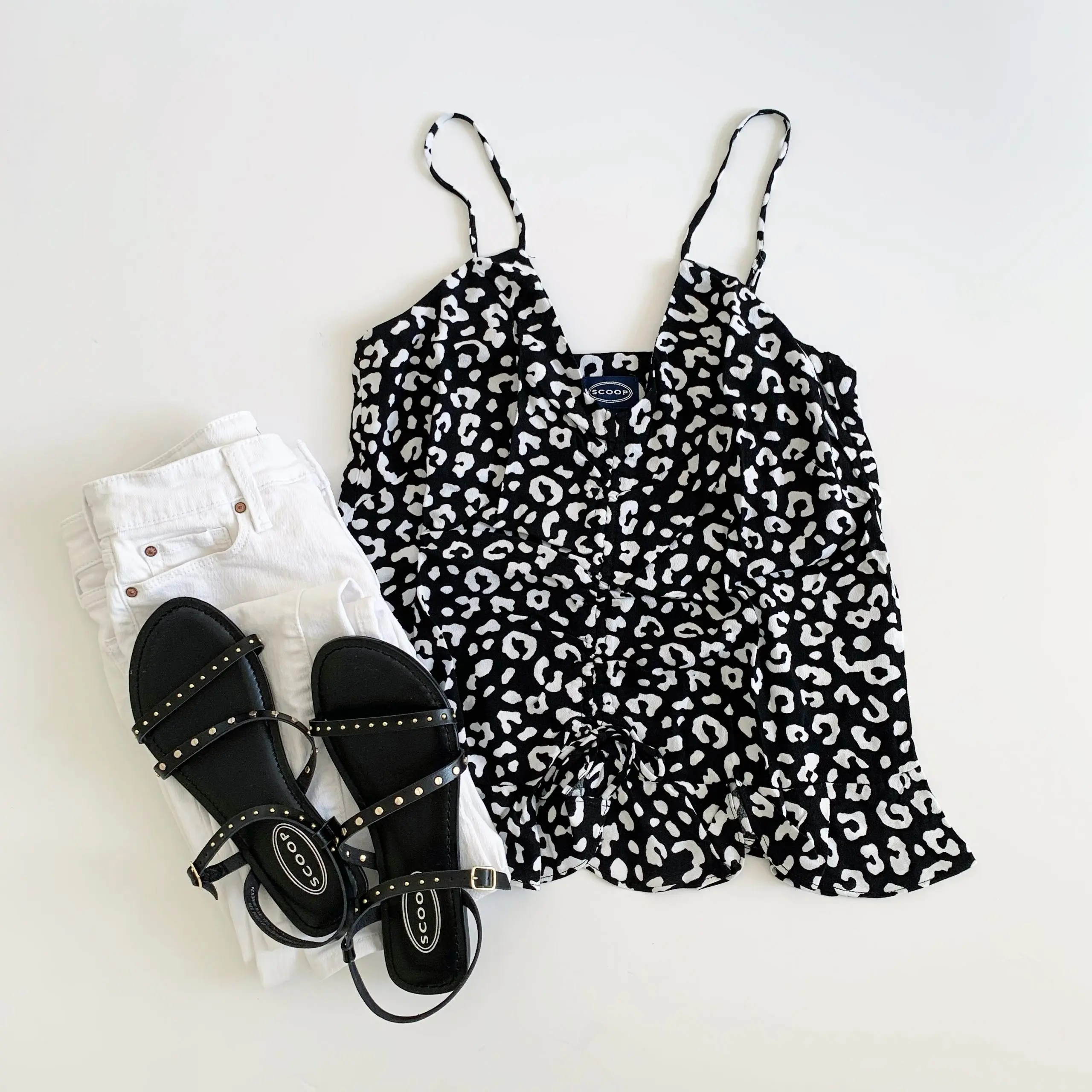 Scoop Peplum Hem Tank and Juliet Flat Sandals + signature by levi strauss and co. white skinny jeans