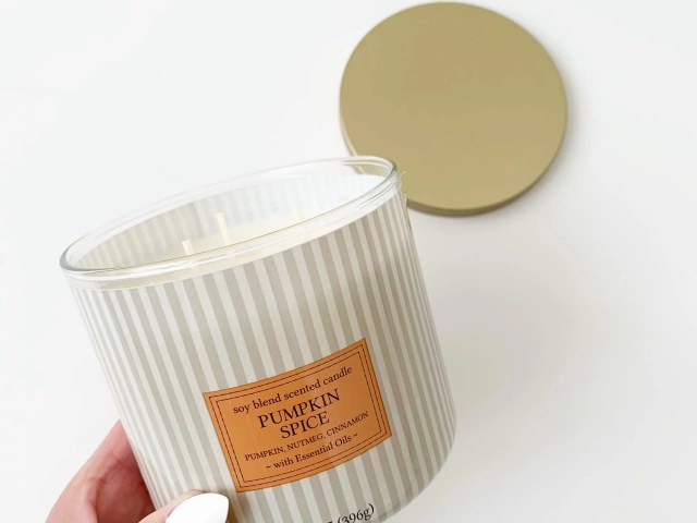 Mainstays Striped Pumpkin Spice Candle