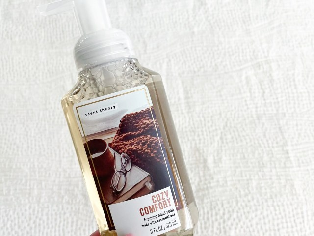 Scent Theory Cozy Comfort Foaming Hand Soap