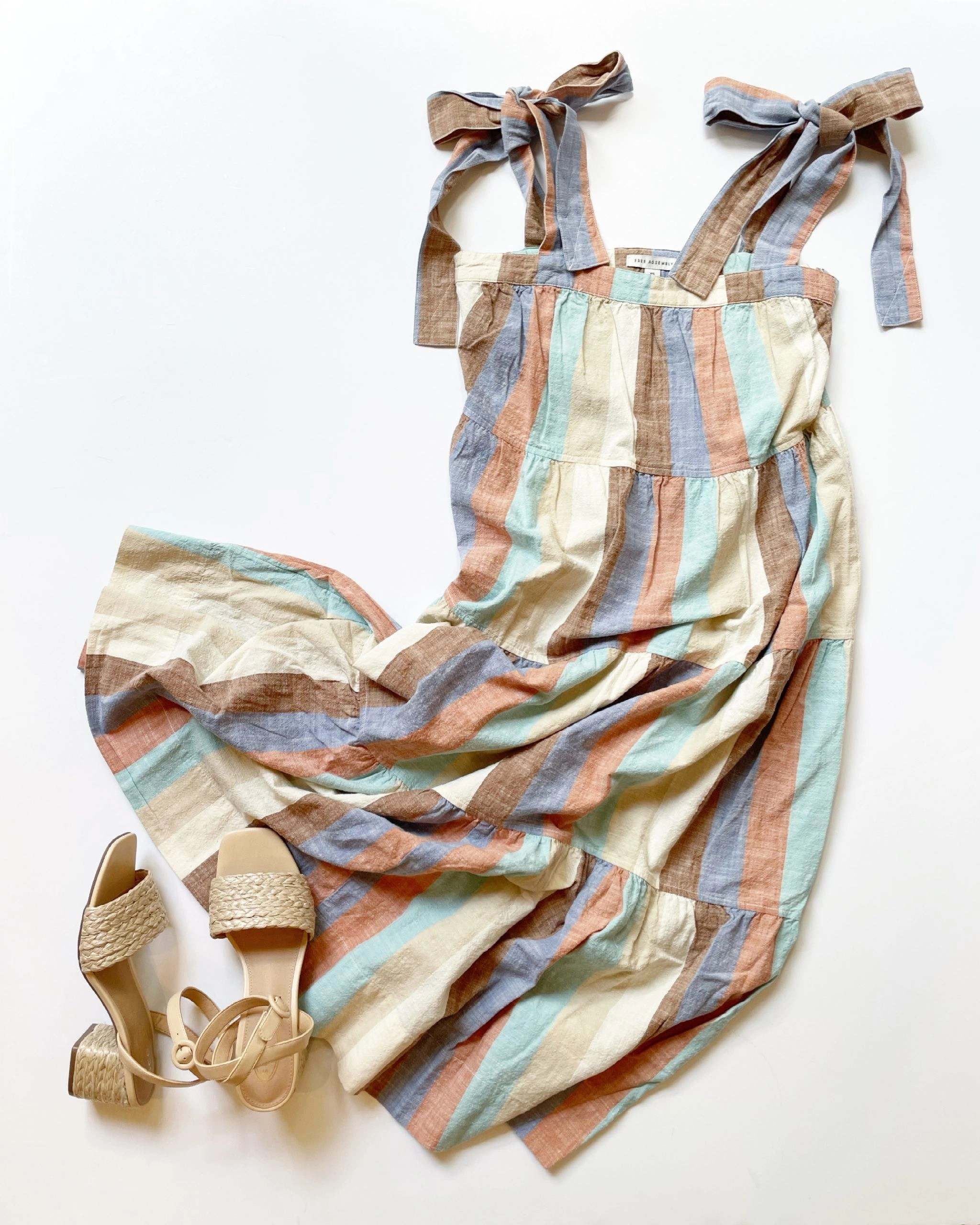Free Assembly Tie Shoulder Tiered Maxi Dress and Scoop Jute Block Heel Sandal