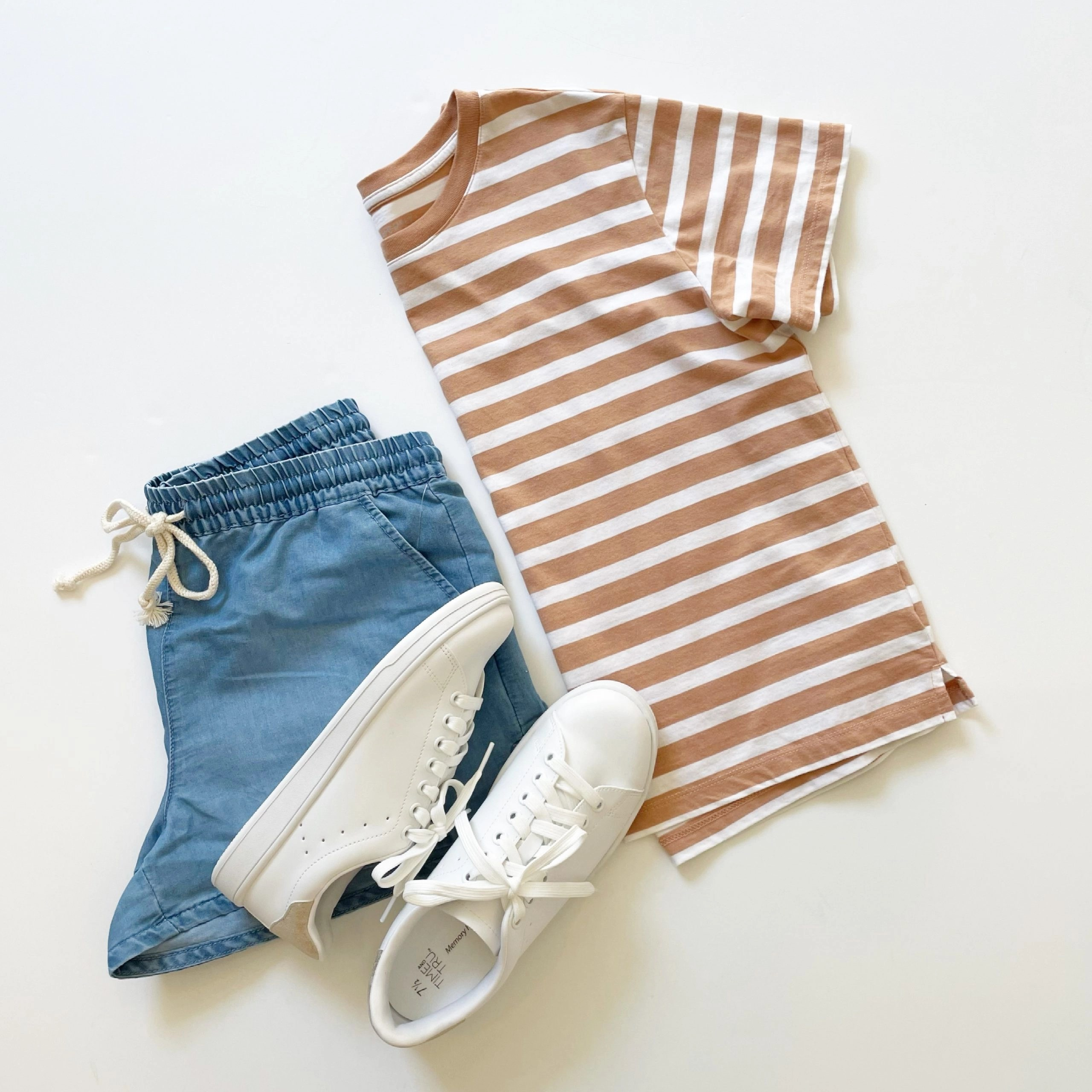 Free Assembly Short Sleeve Crop Box T-Shirt, No Boundaries Tie Front Pull-On Shorts and Time and Tru Court Sneakers