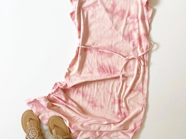 Time and Tru Tie Dye Dress and Circus by Sam Edelman Carney Medallion Thong Sandal