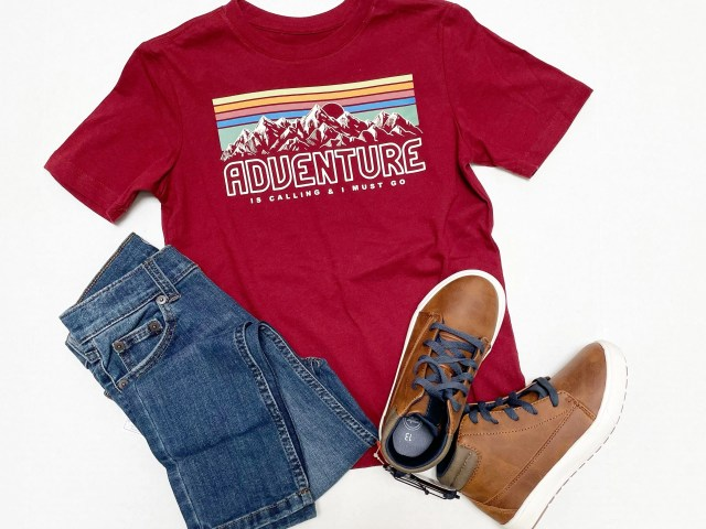 Wonder Nation Boys Graphic Adventure T-Shirt, Rip & Repair Jeans and High Top Shoes