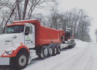 https://i2.wp.com/walnutgroveexcavating.com/wp-content/uploads/2018/03/Dump-Truck-Snow-e1520687934310-370x267.jpg?resize=370%2C267