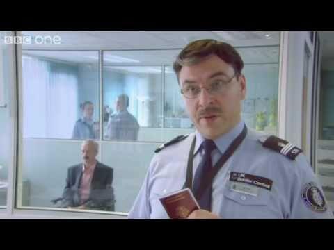 immigration-officer