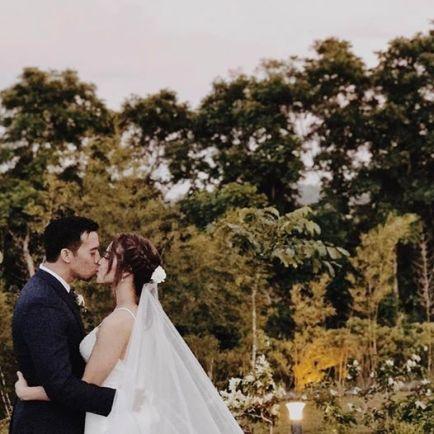 shane-vim-wedding-kiss