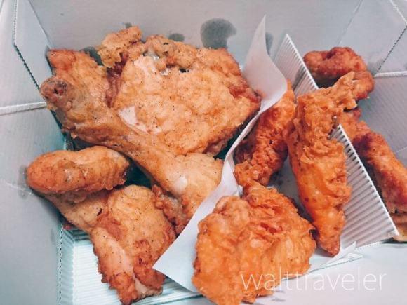 KFCフライドチキン