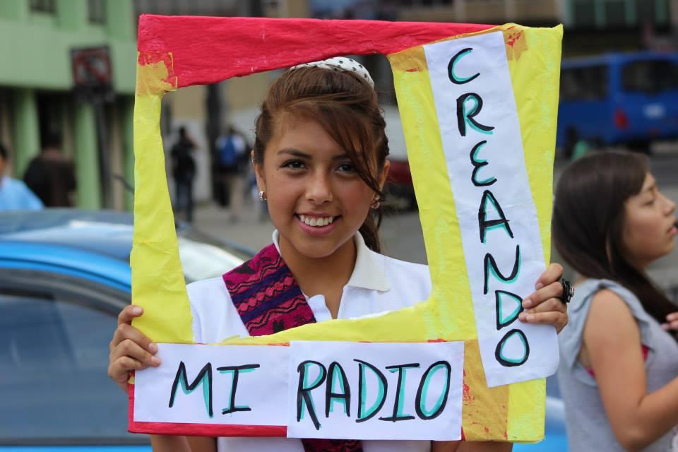 13 de febrero: Jóvenes haciendo radio por el continente