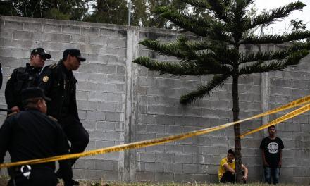 """Guatemala: Una policía le dijo a las niñas que """"se aguantaran"""" el fuego"""