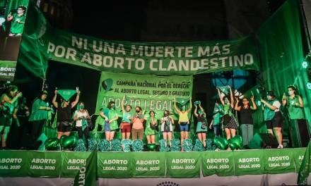 Argentina: el sexto país de América Latina y el Caribe en dar luz verde al aborto legal.  ¿Qué impacto tiene esta decisión en la región?