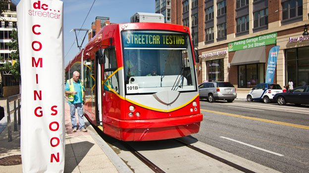 DC Streetcars Blocking Traffic and Slowing Buses