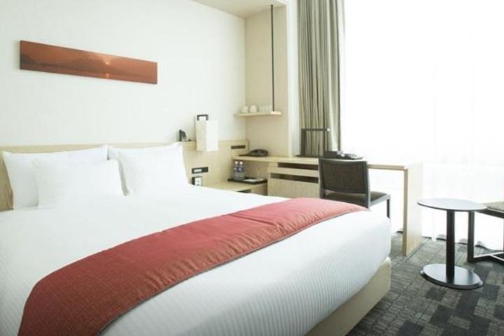 07-jr-kyushu-hotel-blossom-shinjuku