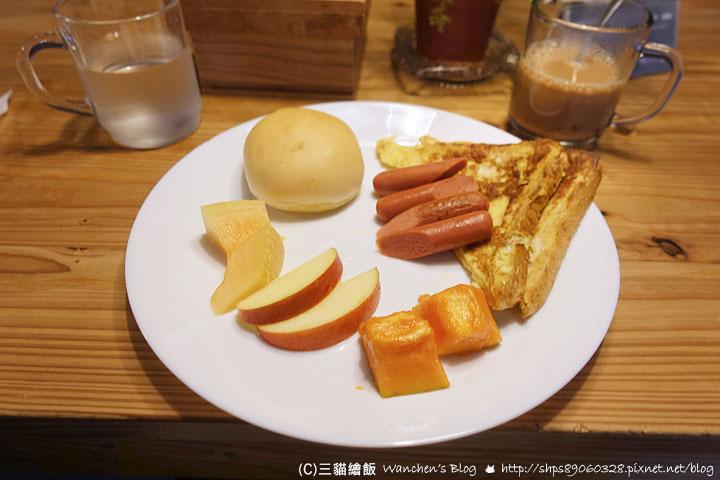 信星青年旅館早餐