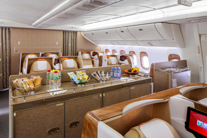 emirates-business-class-02
