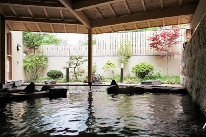 hokkaido-hotel-jozankei-hot-spring-02