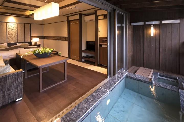relux-atami-onsen-hotel-11