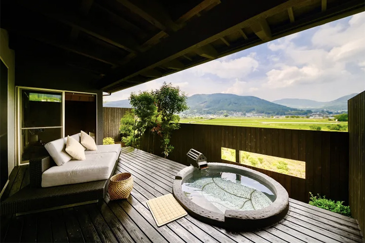 relux-yufuin-onsen-hotel-01