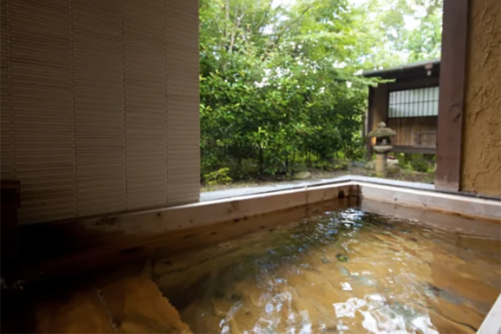 relux-yufuin-onsen-hotel-02