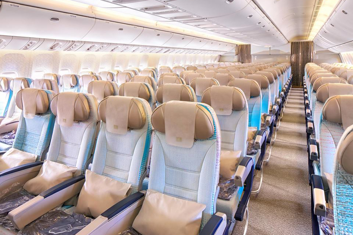 ek-Economy Class cabin-03