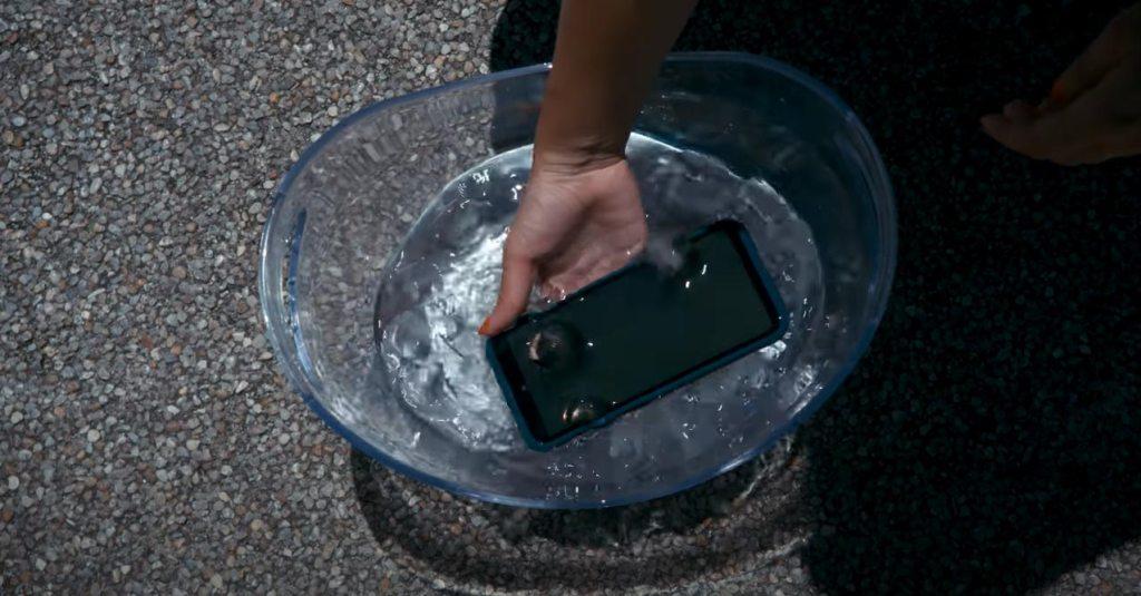NOKIA XR20 泡水測試