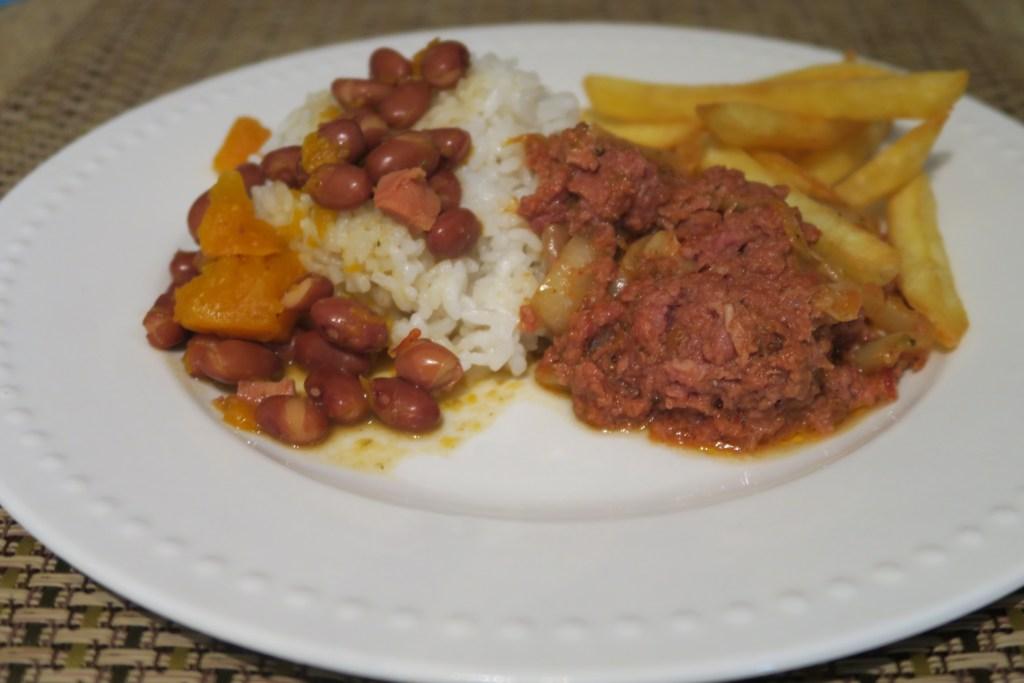 Corned Beef Guisada