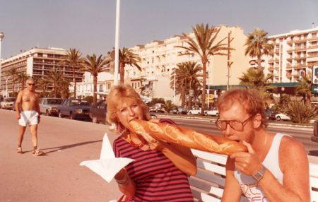 I share baguette and brie with a friend in Nice.