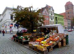 A fresh veggie street market Toruń