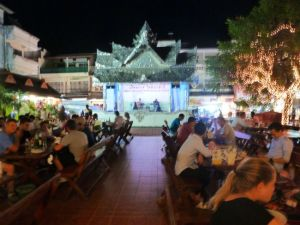 Night market dining Chiang Rai.