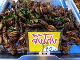 And more bugs for sale at the Nai Yang market.