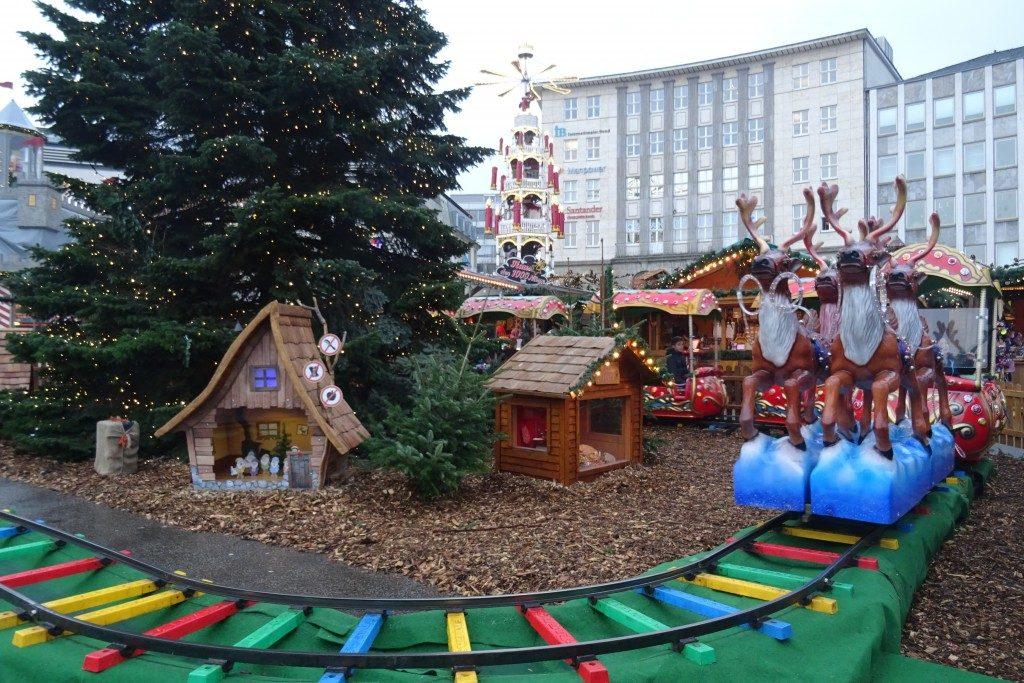 Kerstmarkt Königplatz Kassel